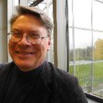 Juha Kaila vaihtaa veitsiin ja talttoihin