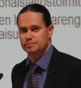 Esa Nummela JLY:stä puhui jätehuollon energiapäivillä marraskuussa 2013.