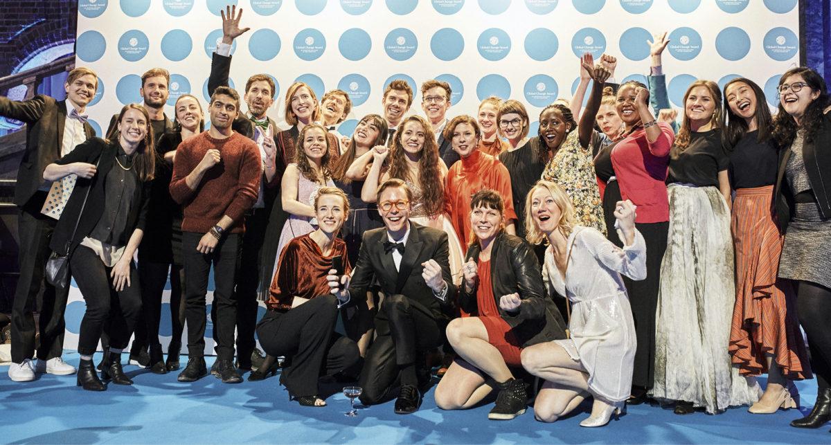 H&M Foundation palkitsi Global Change Award -kisan voittajat Tukholmassa.  Kestävyyteen ja kiertotalouteen tekstiiliteollisuutta kannustava ideakisa on järjestetty vuodesta 2015 lähtien. Voittajat saavat apurahaa ja pääsevät valmennusohjelmaan toimintansa jatkokehittämiseksi.