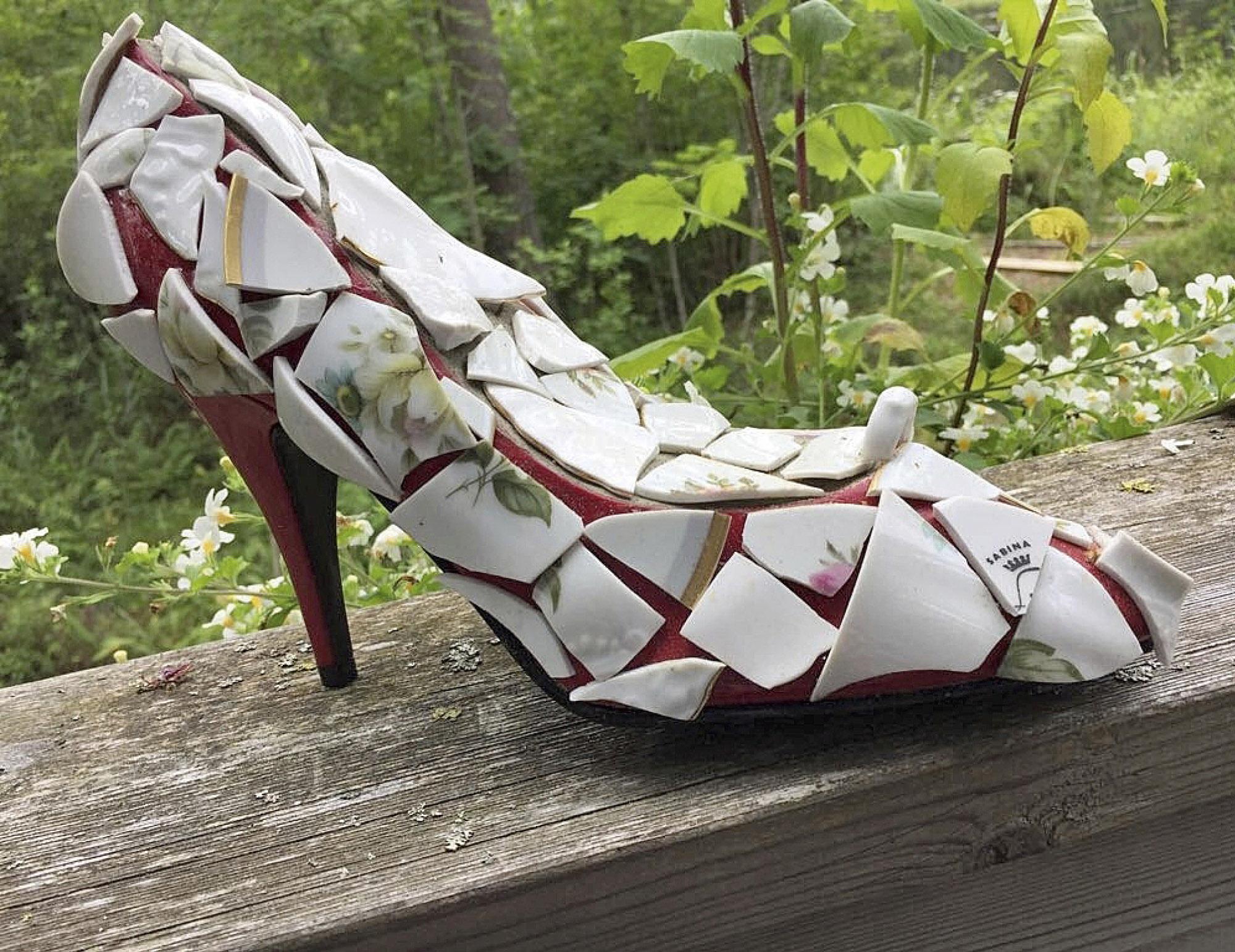 Risoista kengistä syntyy kivoja koriste-esineitä omaksi iloksi tai ystäville.