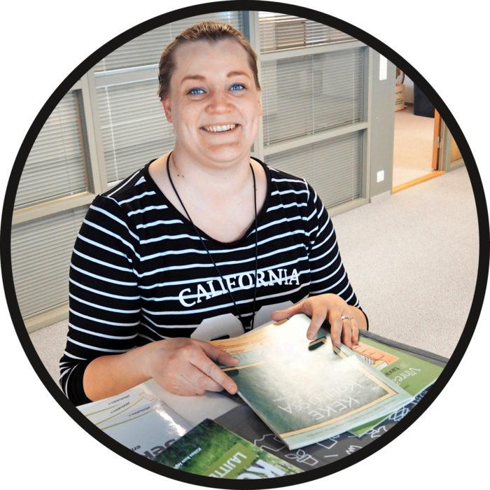 Anja Räisänen on ympäristökouluttaja 20-vuotisjuhlavuottaan viettävässä Jätekukko Oy:ssä.